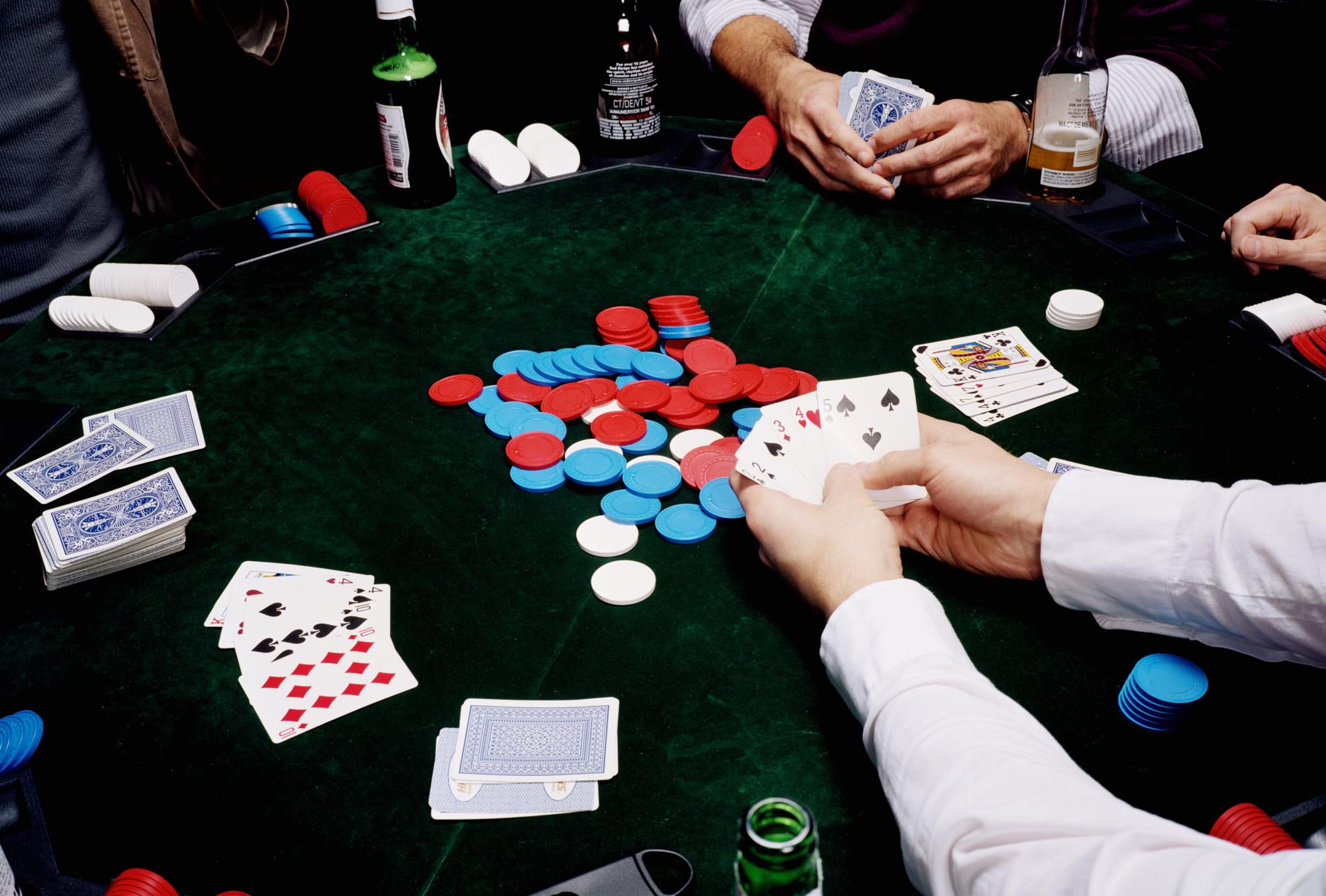 Ripping Off Playing Cards In Delhi