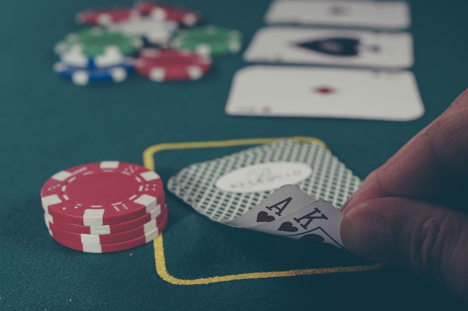 Gambling Without Driving Yourself Loopy